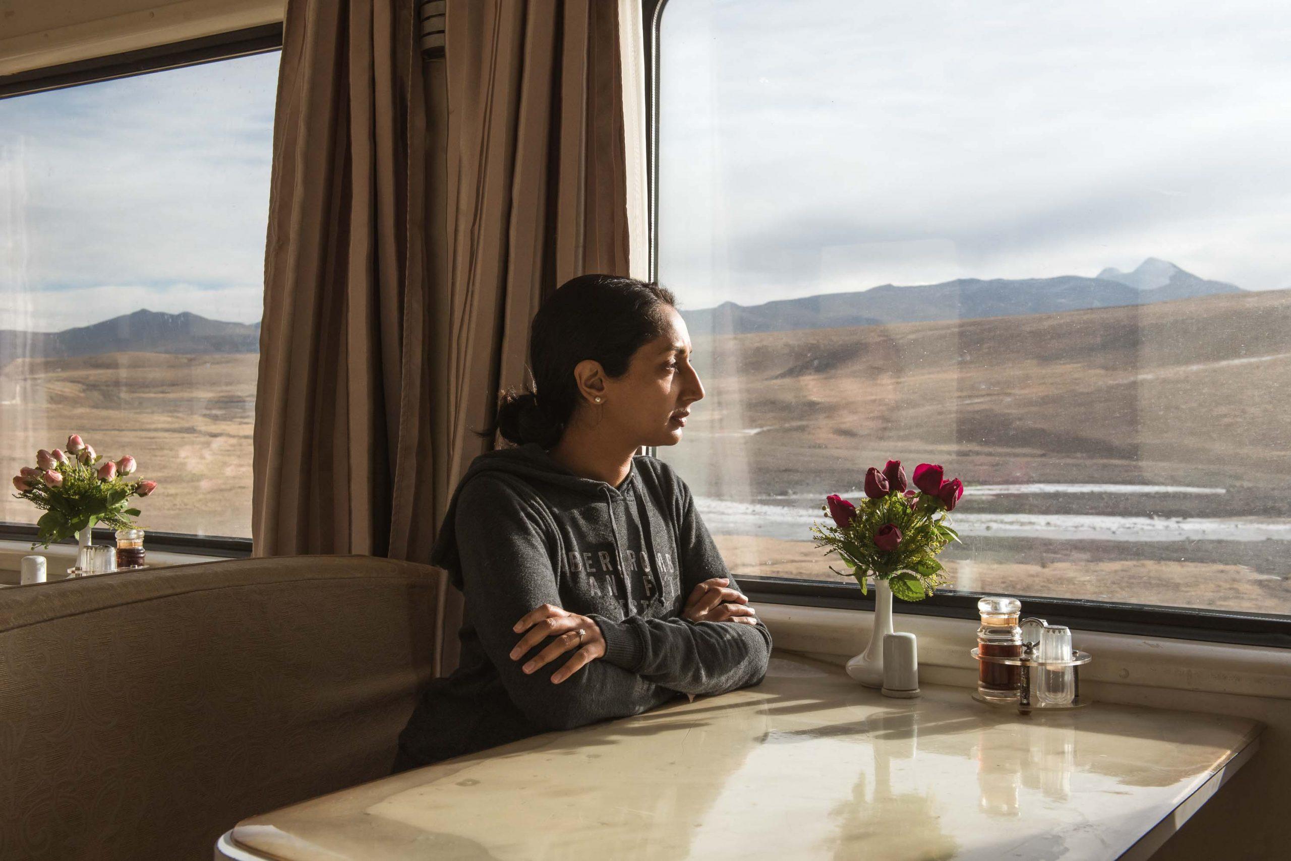 Die Frau, die in 80 Zügen um die Welt fuhr